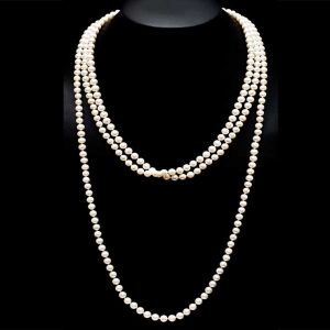 85 Endless Pearl Necklace