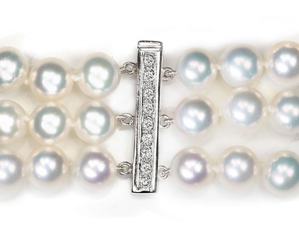 Bayonet Diamond Clasp for Pearl Necklace