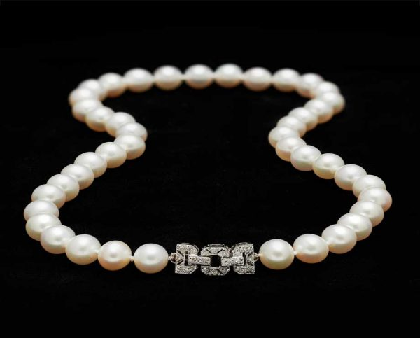Diamond Buckle Necklace (8mm)