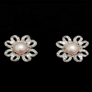 Flower Pearl Earrings