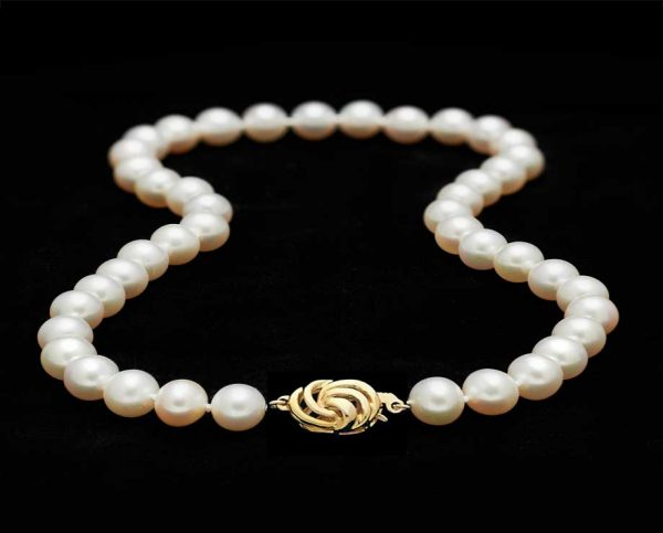 Golden Wire Pearl Necklace
