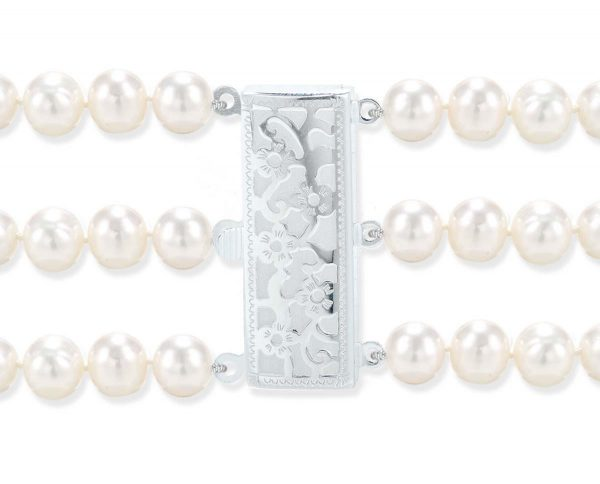 Flower Triple Strand Bracelet Pearl Clasp