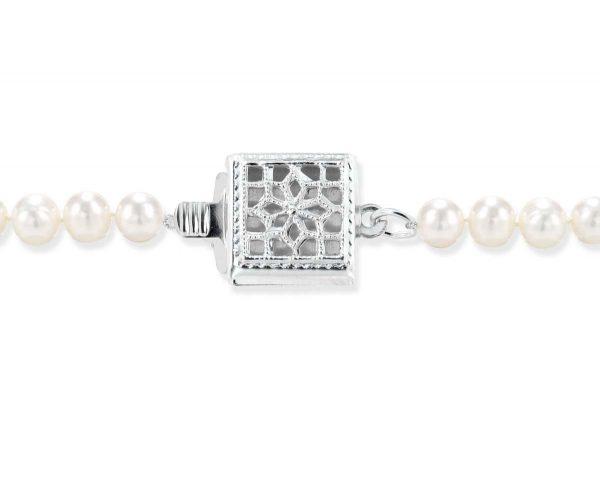 Single Strand Silver Box Pearl Clasp